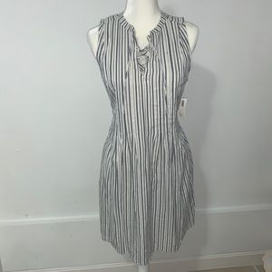 Blue & white dress 💙
